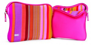 "BUILT Reversible Laptop Sleeve Tasche Hülle MacBook Pro 13"" Nolita Stripe in Pink"