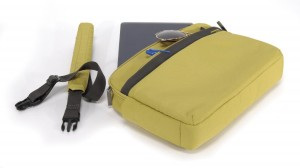 "Tucano Ultra Slimcase Nylon Notebooktasche Schultertasche Macbook Air 11"" yellow – Bild 2"
