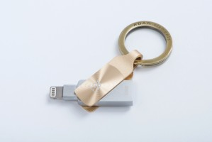 Adam Elements iKlips DUO+ 32GB, GLOWING AMBER Gold